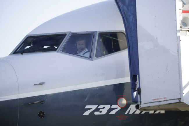 Boeing's new 737 MAX 7 aircraft completes successful maiden