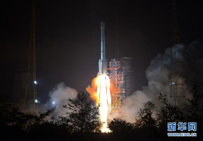"""China launches the communication satellite """"APSTAR-6C"""" at the southwestern Xichang Satellite Launch Center on Friday, May 04, 2018.[Photo: Xinhua]"""