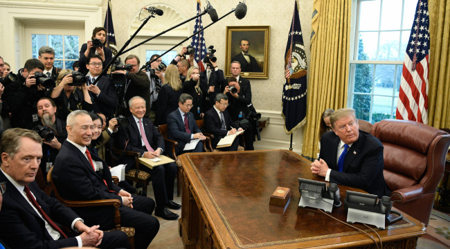 U.S. President Donald Trump (1st R) meets with Chinese Vice Premier Liu He (2nd L, front) at the Oval Office of the White House in Washington, D.C., Feb. 22, 2019. [Photo: Xinhua]