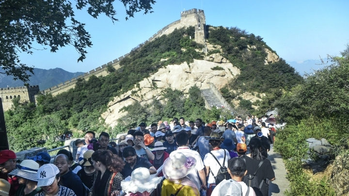 Authorities to cap Badaling Great Wall visits