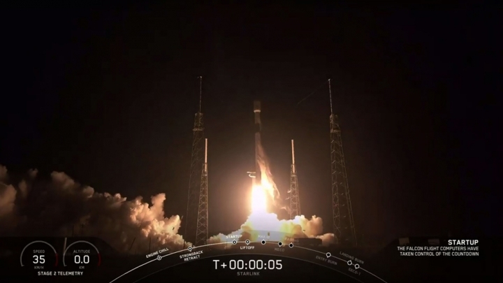 SpaceX launches Canadian satellites into space