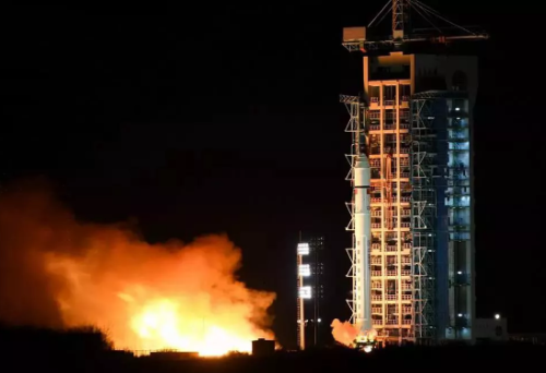The Long March-2D carrier rocket with the Tianzhi-1 software-defined satellite on board before it was launched from the Jiuquan Satellite Launch Center in northwest China on November 20, 2018. [Photo: Bureau of Major R&D Programs, Chinese Academy of Sciences]