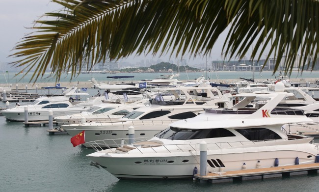 Yachts have docked on the coastal water. [File photo: VCG]