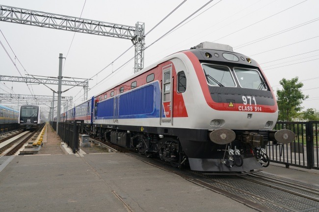 A diesel train made by China's rolling-stock maker CRRC Qingdao Sifang Co. Ltd. for Sri Lanka on July 12, 2019, in Qingdao, east China's Shandong Province. [Photo: IC]