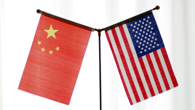 National flags of China and the United States [File Photo: IC]