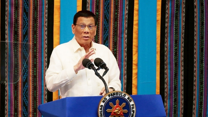Philippine president to visit China