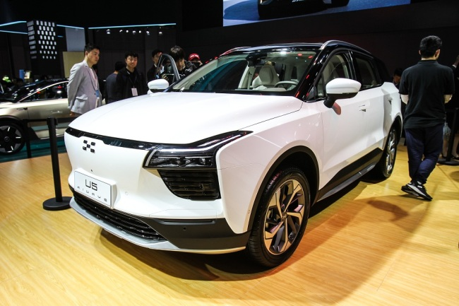 An Aiways U5 electric SUV is displayed during the 18th Shanghai International Automobile Industry Exhibition, also known as Auto Shanghai 2019, in Shanghai, China, April 16, 2019. [File Photo: IC]