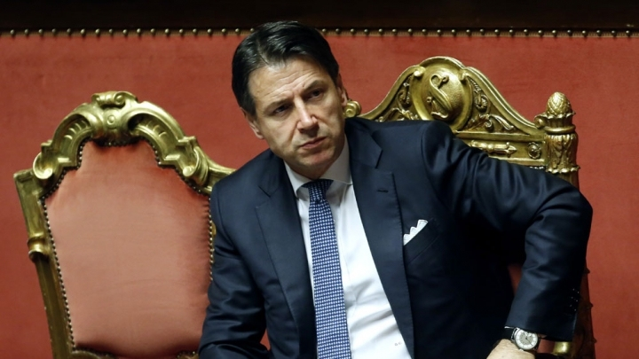 Italy's new gov't survives final parliament challenge