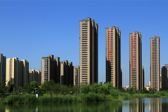 Residential buildings are seen at the city of Huai'an, Jiangsu Province, on August 18, 2019. [File Photo: VCG]